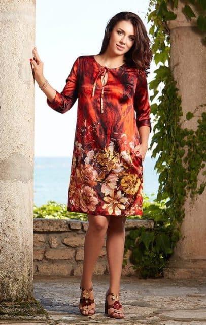 Rochie scurtă roșie din mătase naturală imprimată