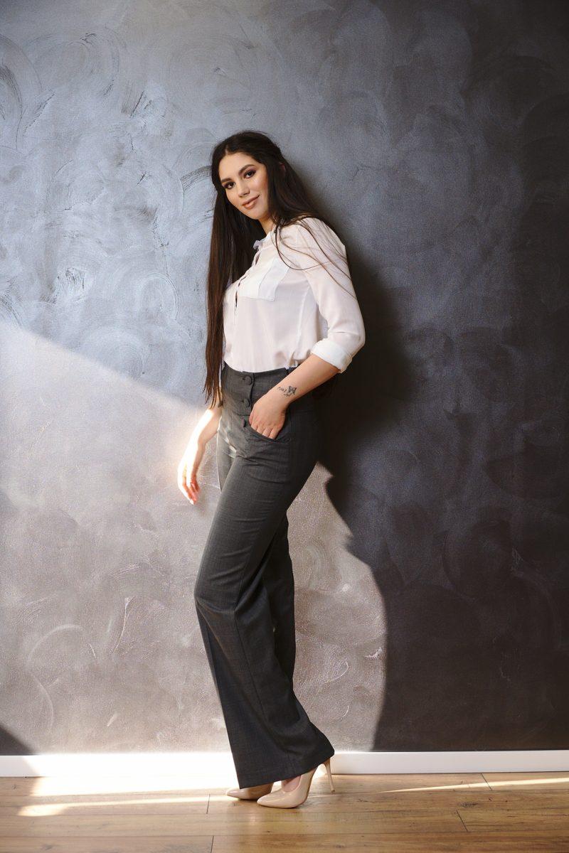 Pantaloni cu talie înaltă din stofă