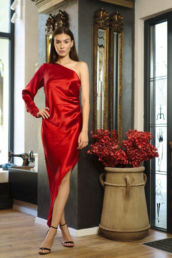Asymmetrical dress of natural silk