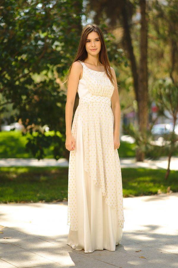 Long silk and veil dress