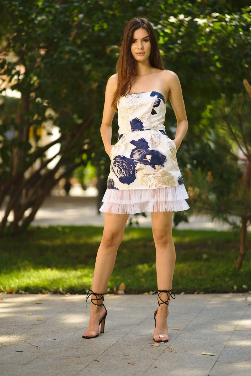 Short brocade and tulle dress