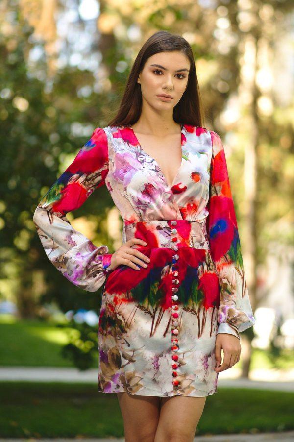 Short natural silk dress