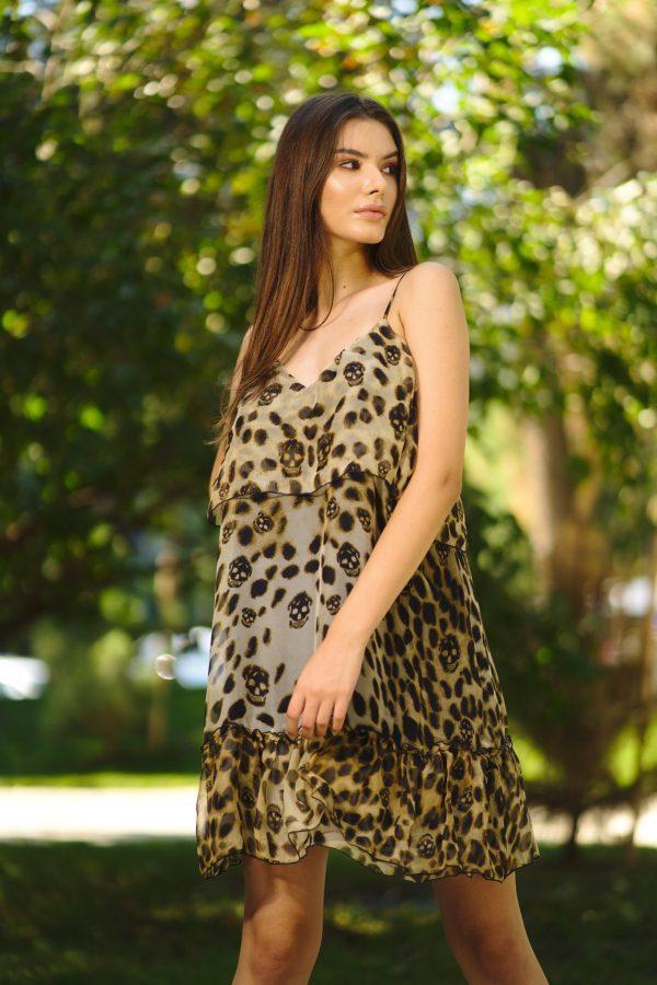 Short dress of natural silk veil