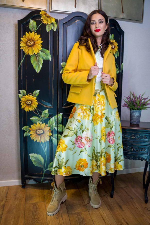Yellow cashmere jaket