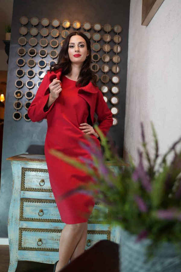 Red suit made of wool and cashmere fabric