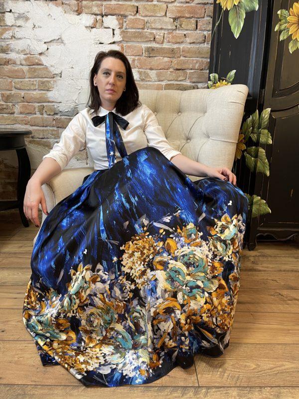 Blue maxi skirt of printed natural silk